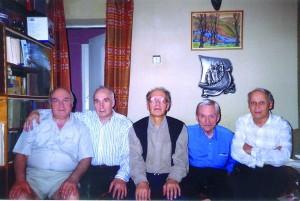 Сорок років по тому (зліва направо): Борис Деменко, Володимир Губа, Валентин Сильвестров, Леонід Грабовський, Віталій Годзяцький