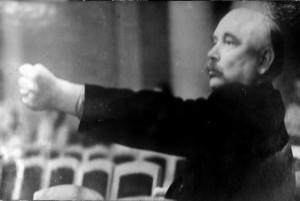 Григорій Верьовка на репетиції у філармонії