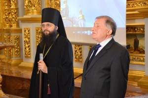 Володимир Рожок відкриває Пасхальну асамблею