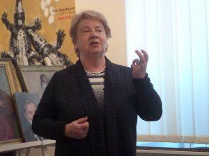 Учениця Олени Андрєєвої професор Тетяна Бондаренко виступає на вечорі пам'яті педагога
