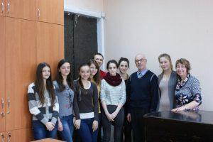 Сергій Турнєєв з учнями