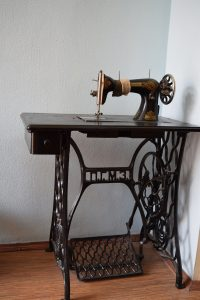 Славнозвісна швейна машинка мами Олени Андрєєвої