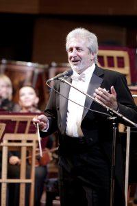 Юрій Янко під час концерту відкриття органного залу